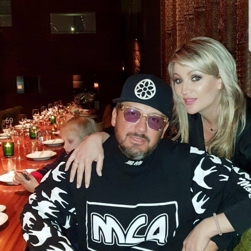 Этим человеком дышу: жена Стаса Михайлова трогательно призналась ему в любви