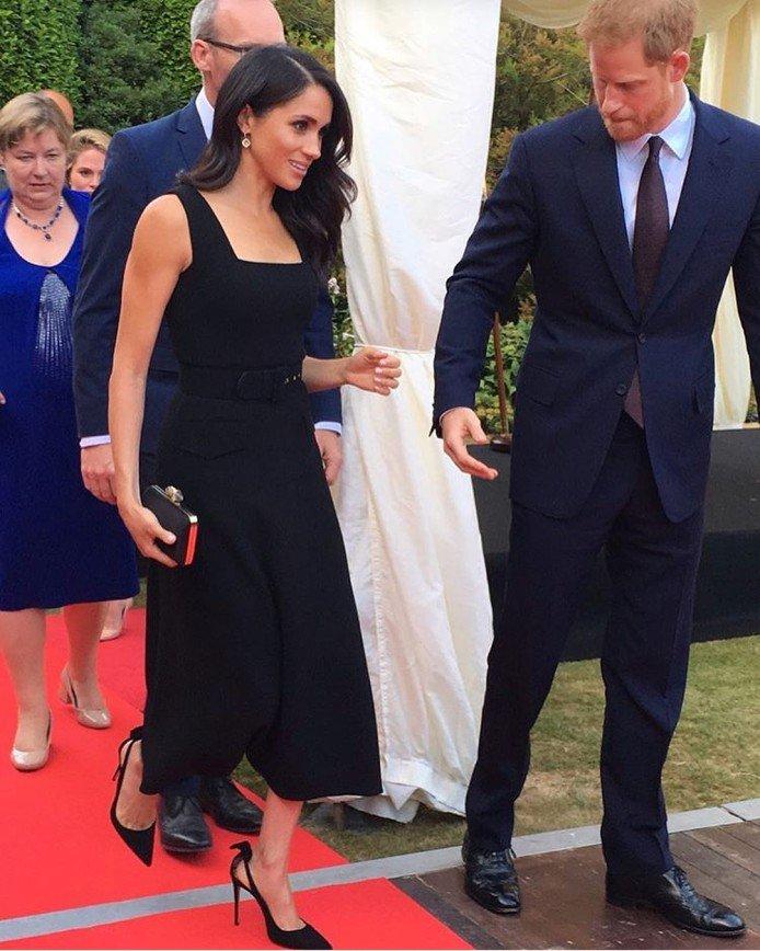 «Прощай, комфорт!»: Меган Маркл отказалась от удобной обуви ради мужа