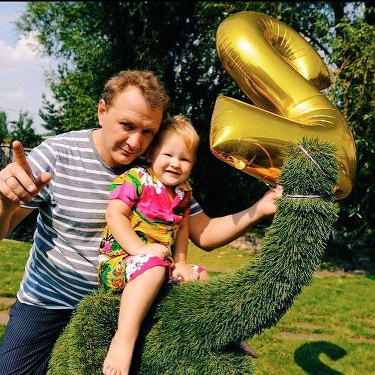 Семейная идиллия: жена Марата Башарова показала подросшего сына