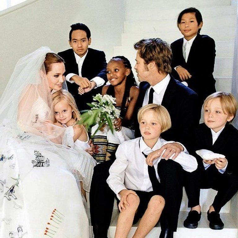 СМИ: Джоли и Питт на тайной встрече обсудили опеку над детьми