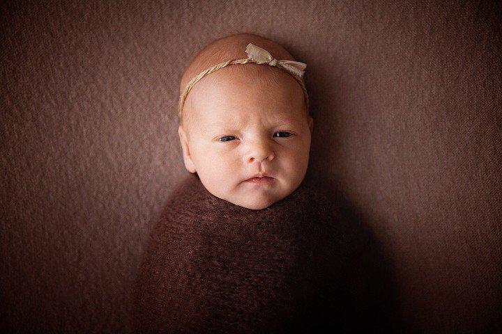 «На папу похожа»: Анастасия Лисова впервые показала лицо дочки