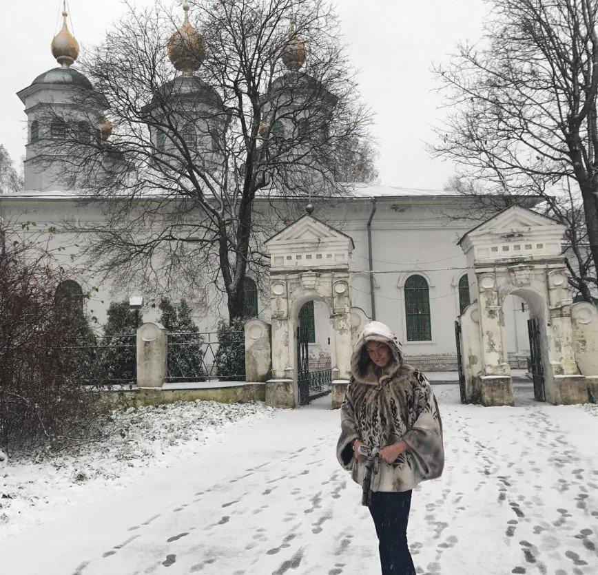 Анастасия Волочкова помолилась о мире на Земле