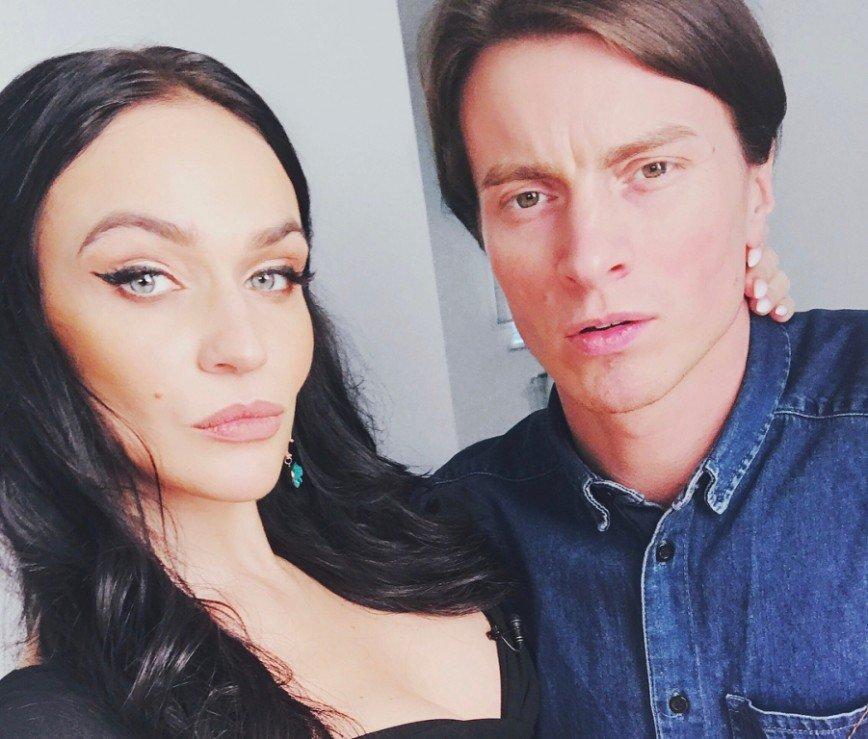«Странная ассоциация»: Алена Водонаева сравнила мужа с гоночным болидом