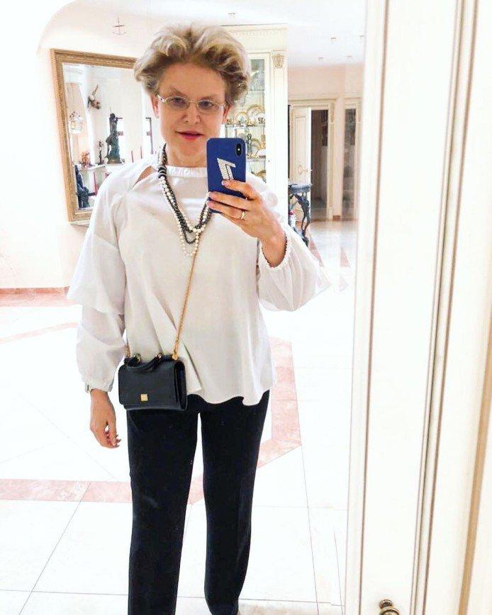 Мочевина нам в помощь: Елена Малышева использует для лица крем для ног