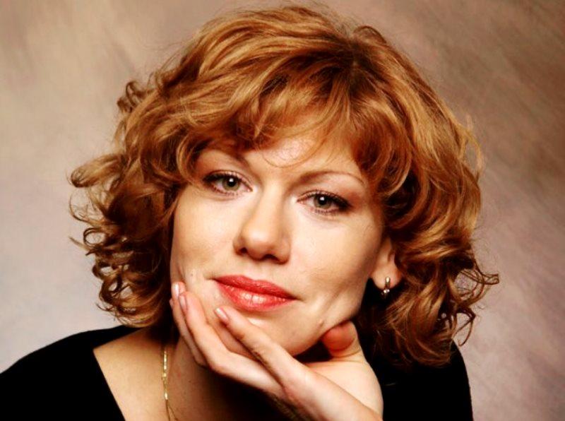 Звезда сериала «Саша+Маша» Елена Бирюкова рассказала о борьбе с раком
