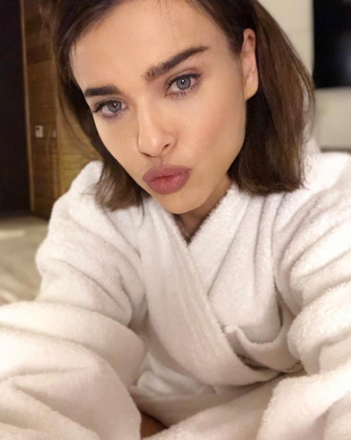Лена Темникова о бьюти-привычках: «Не люблю кудри, люблю 66