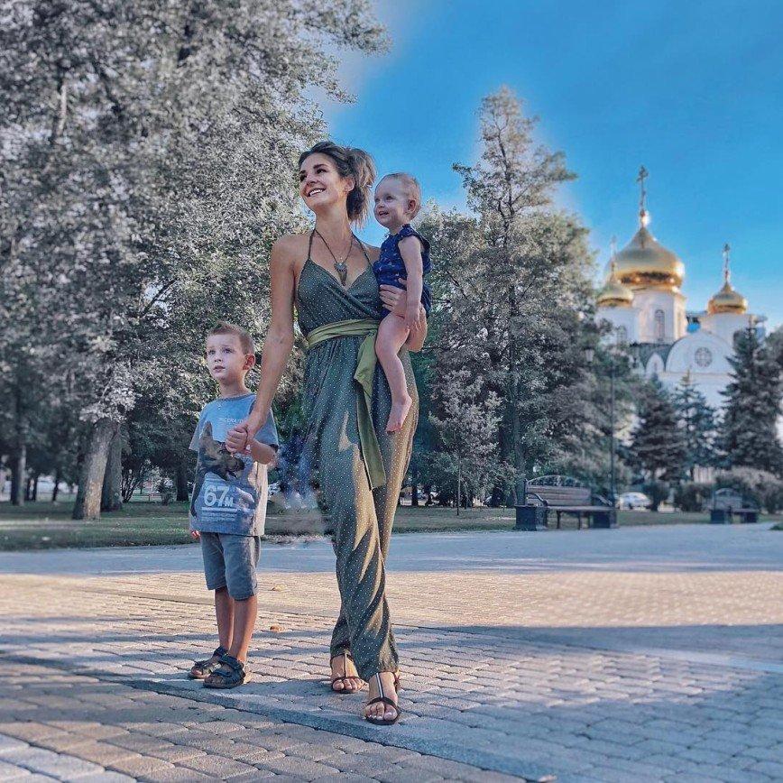 Найти время на себя в декрете: советы Елены Беляевой