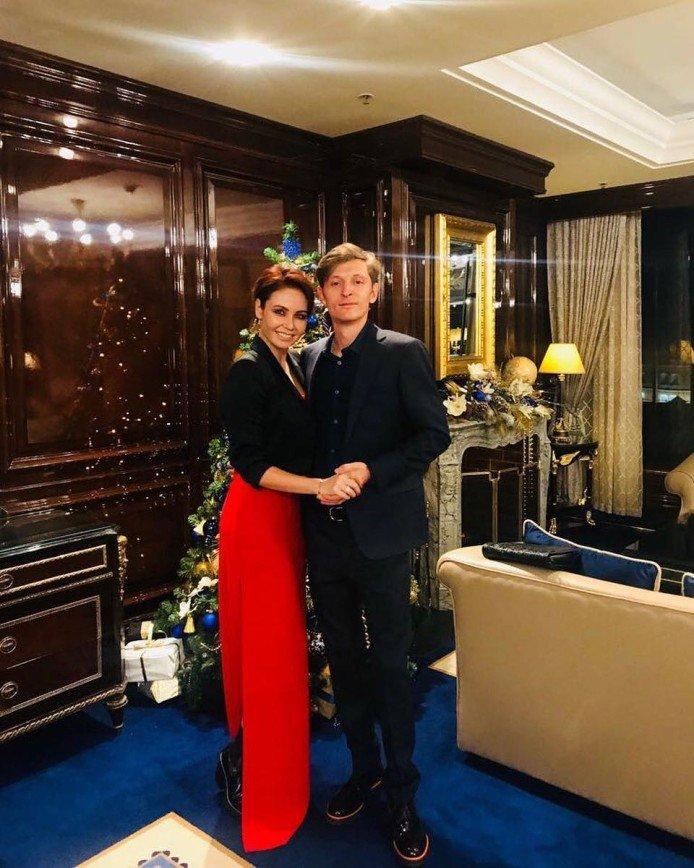 «Каково ей было?»: Ляйсан Утяшева вспомнила о жертве мамы ради ее карьеры
