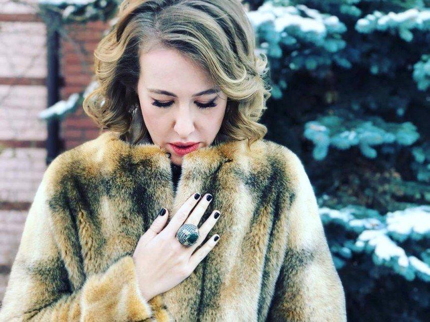 Ксения Собчак вспомнила, как бывший бойфренд избил ее в машине