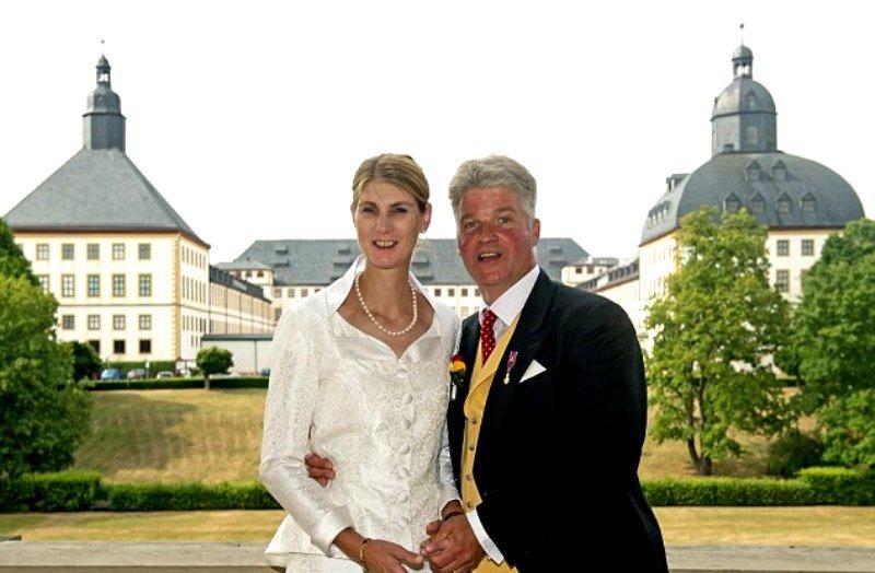 «Не родись красивой!»: в сети обсуждают свадьбу немецкой принцессы Стефании Сибиллы
