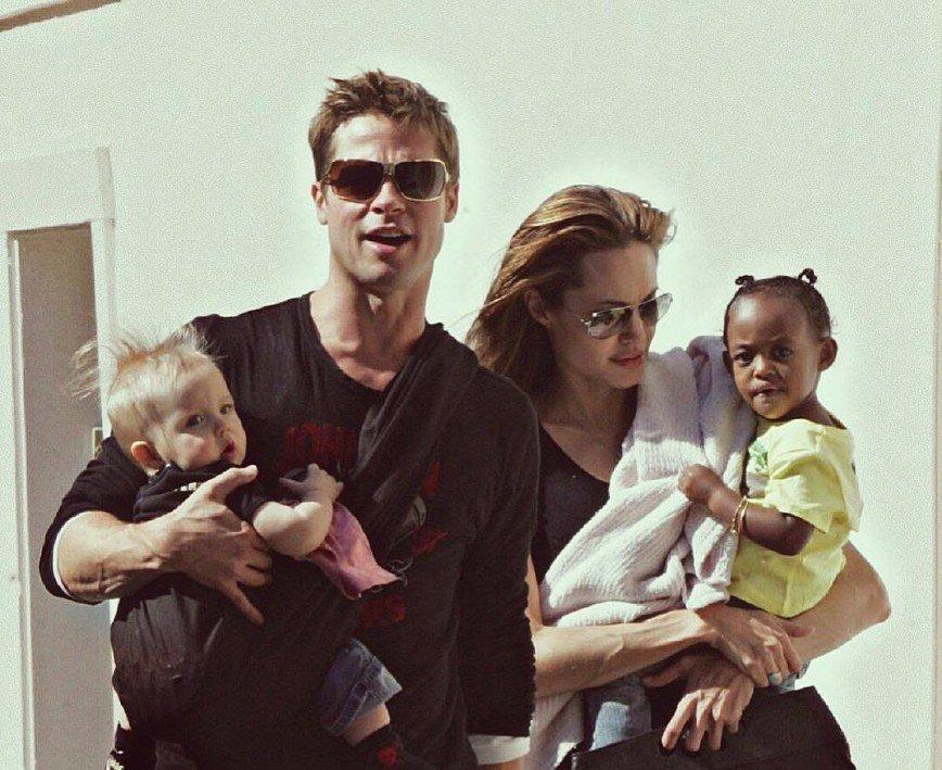 Компромисс не для нее: Джоли сменила адвоката, чтобы забрать у Питта детей