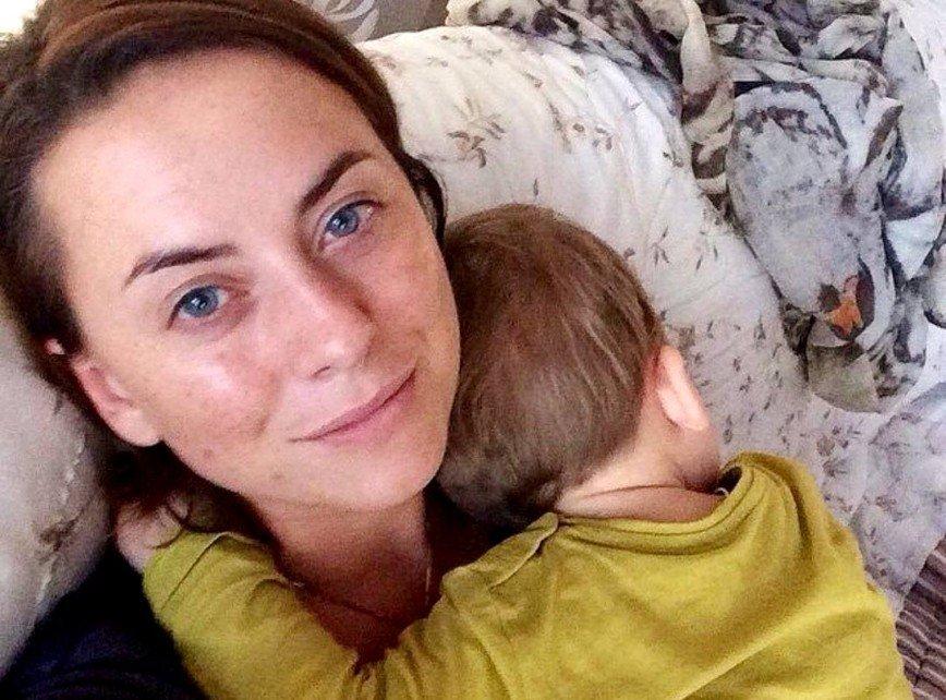 В сети появилось редкое архивное фото беременной Жанны Фриске