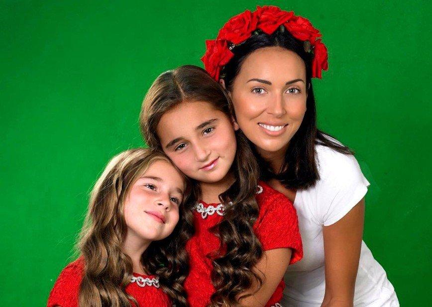 Моя звездочка: Алсу продемонстрировала вокальный талант младшей дочки