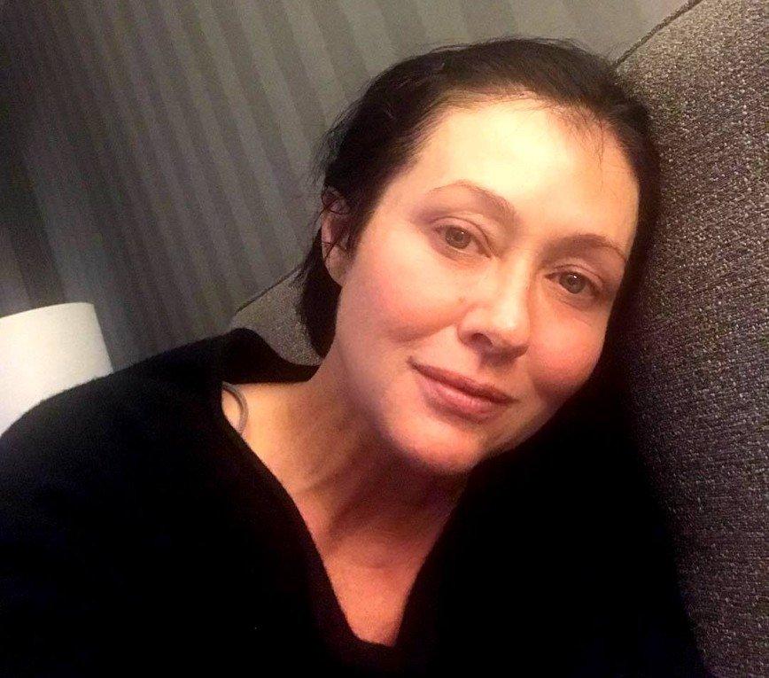 «Я исцеляюсь!»: Шэннен Доэрти рассказала о 10-часовой операции на груди