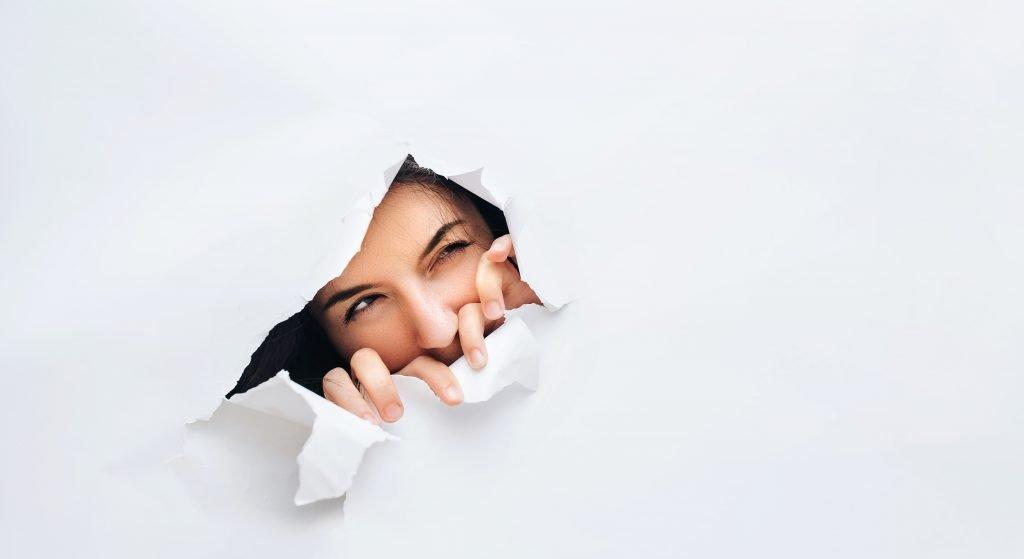 Ревность: как женщинам побороть это чувство и не сойти с ума