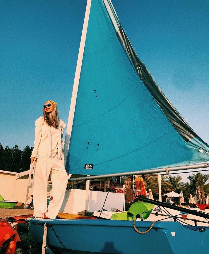 «Не утоните»: Светлана Лобода с дочерью развлекается на каяках