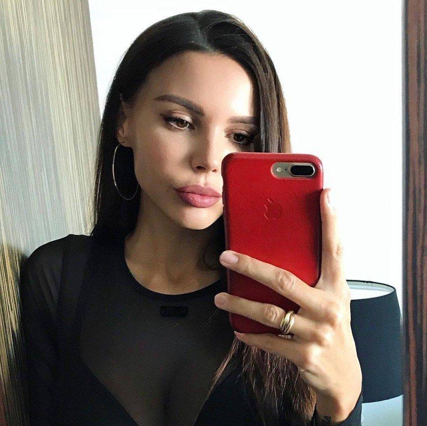 «Призови себя в армию»: Оксана Самойлова рассказала, как все успеть