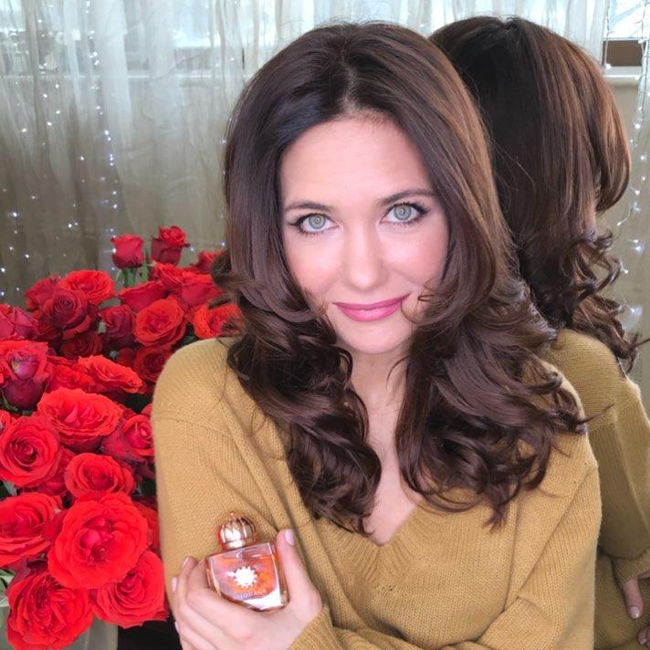 «Скалки не хватает»: Екатерина Климова рассмешила своим видом в бигуди