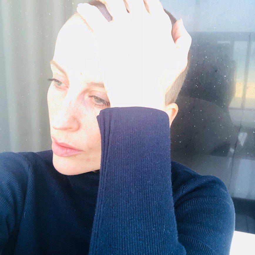 Звезда шоу «Танцы» Екатерина Решетникова остригла волосы