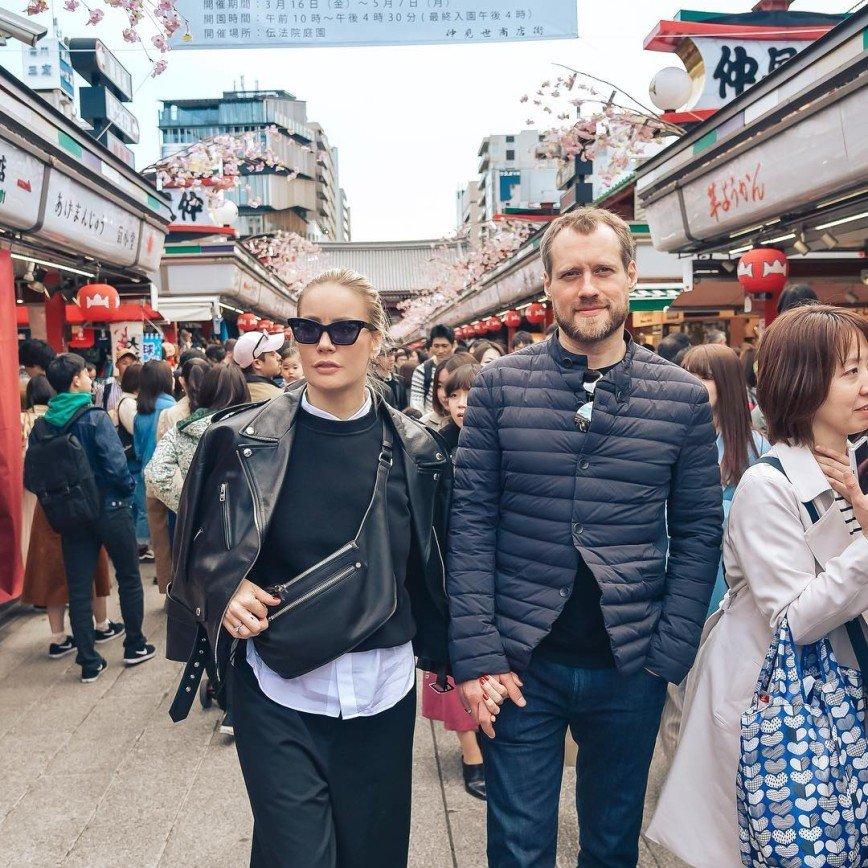 «Ждем вас в кокошнике»: Елена Летучая побывала в Японии