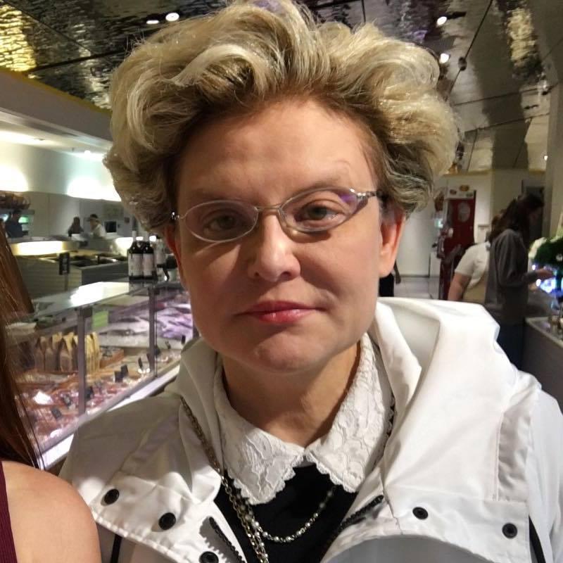 «Аль я не царица?»: Елена Малышева показала, что голодала не зря