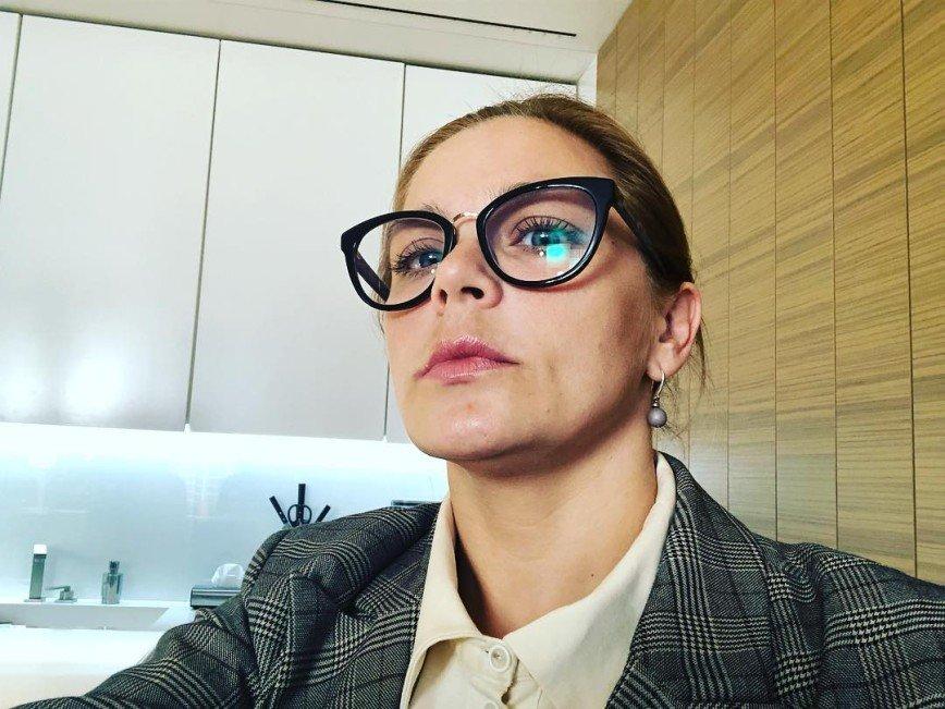 «Председатель профкома»: образ строгой учительницы состарил Ирину Пегову