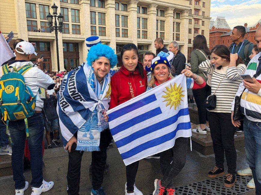«Такое вряд ли повторится!»: иностранные болельщики наполнили столицу духом ЧМ-2018