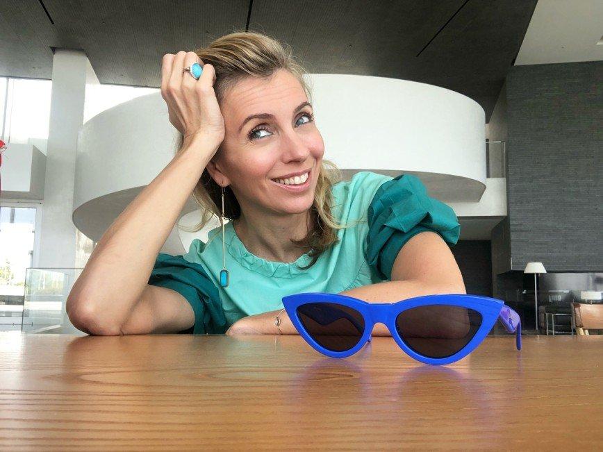 «Шлепки на каблуках?»: любопытная модель туфель Светланы Бондарчук заинтересовала модных критиков