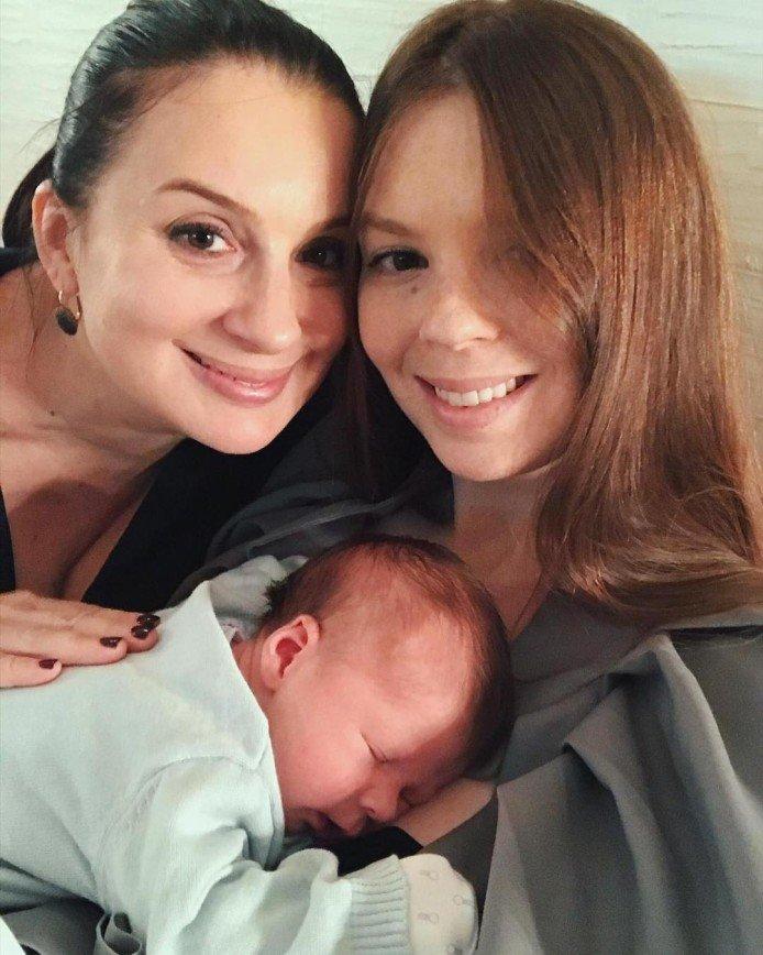 «Дедушкина копия!»: Екатерина Стриженова показала лицо трехмесячного внука
