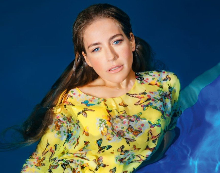 Платье Юлии Барановской вызвало возражения модных критиков