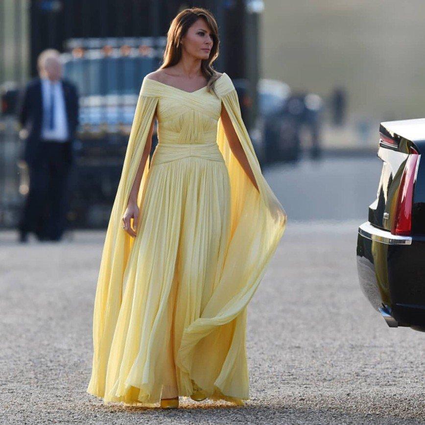 «Выглядит на миллион»: Мелания Трамп стала принцессой на официальном ужине в Британии