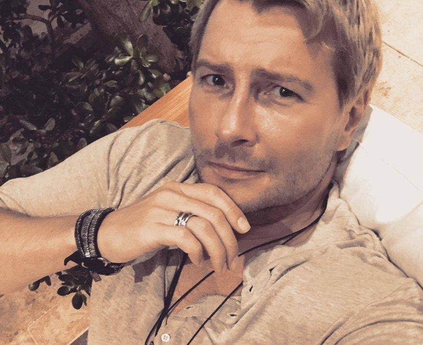 «Что-то новенькое»: звезды шоу-бизнеса обсудили фотографию Николая Баскова