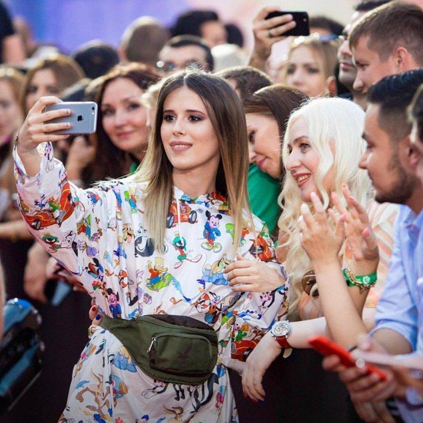 «Может, и от бренда»: сумку Эльвиры Т назвали пародией на Gucci
