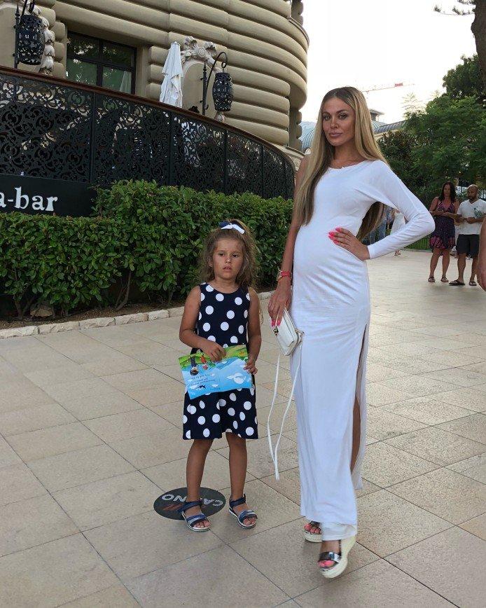 «Уж пятый месяц идет»: Таня Терешина перестала скрывать беременность