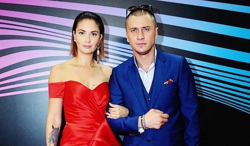 От сердца отрываем: Агата Муцениеце и Павел Прилучный продают свой дом