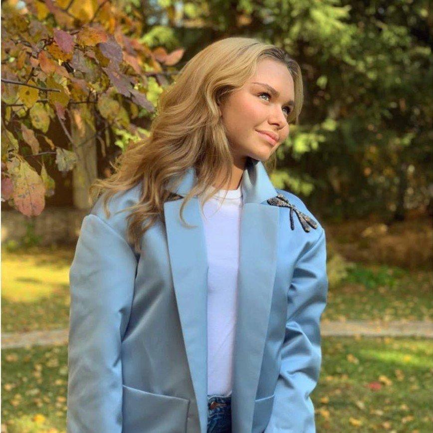 18-летняя Стеша Маликова будет вести шоу на телевидении
