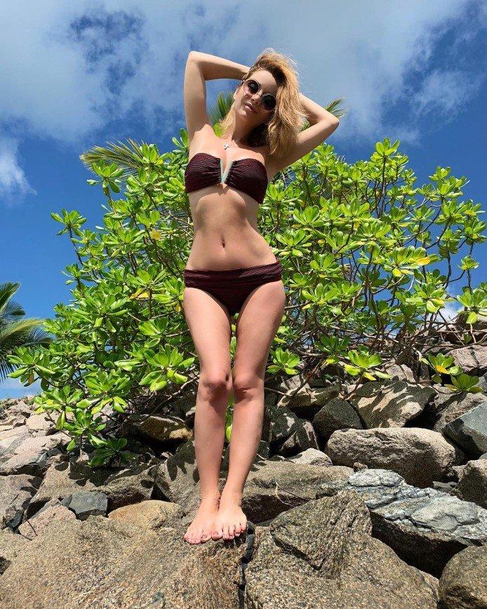 Ольга Орлова показала безупречную фигуру в купальнике
