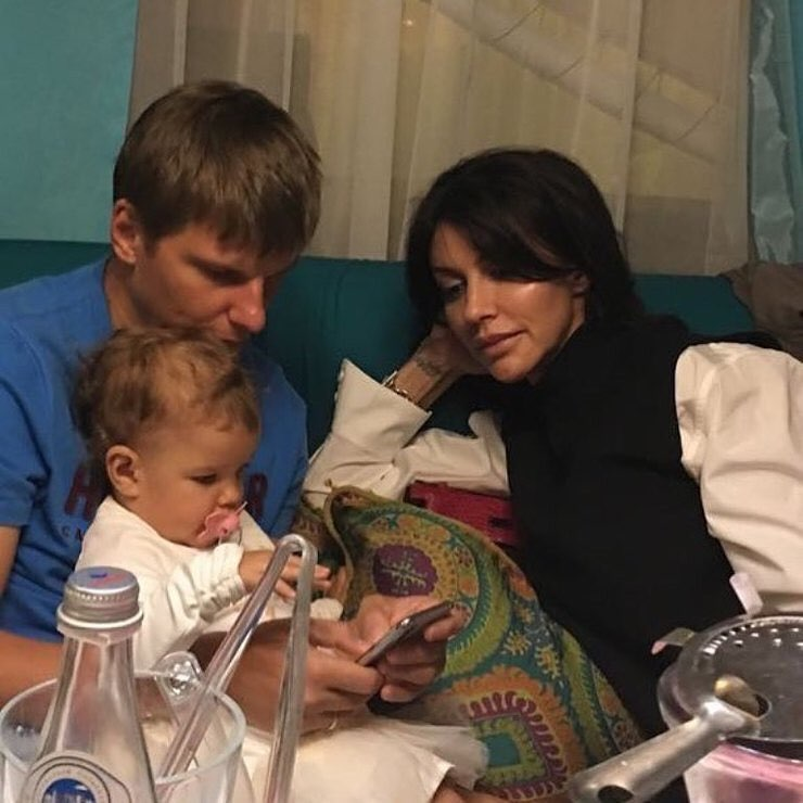 СМИ: Андрей Аршавин расстался с женой Алисой