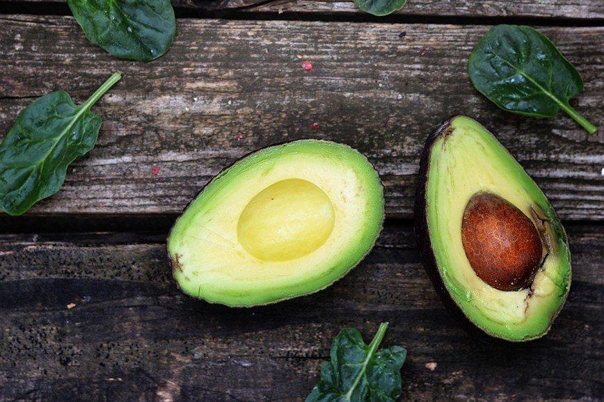 Йогурт, тыква и миндаль: продукты для красивой кожи лица