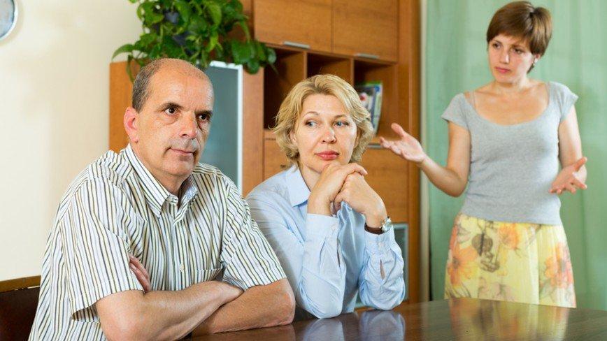 Семья не одобряет: что делать, если ваш жених не ладит с будущими тестем и тещей