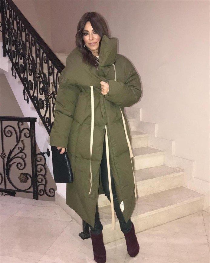 «Скоро мешки начнут носить»: в сети не оценили пуховик-одеяло Ани Лорак