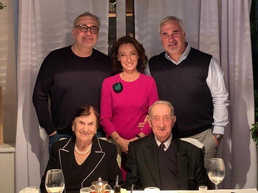 Валерий Меладзе поздравил отца с 85-летием