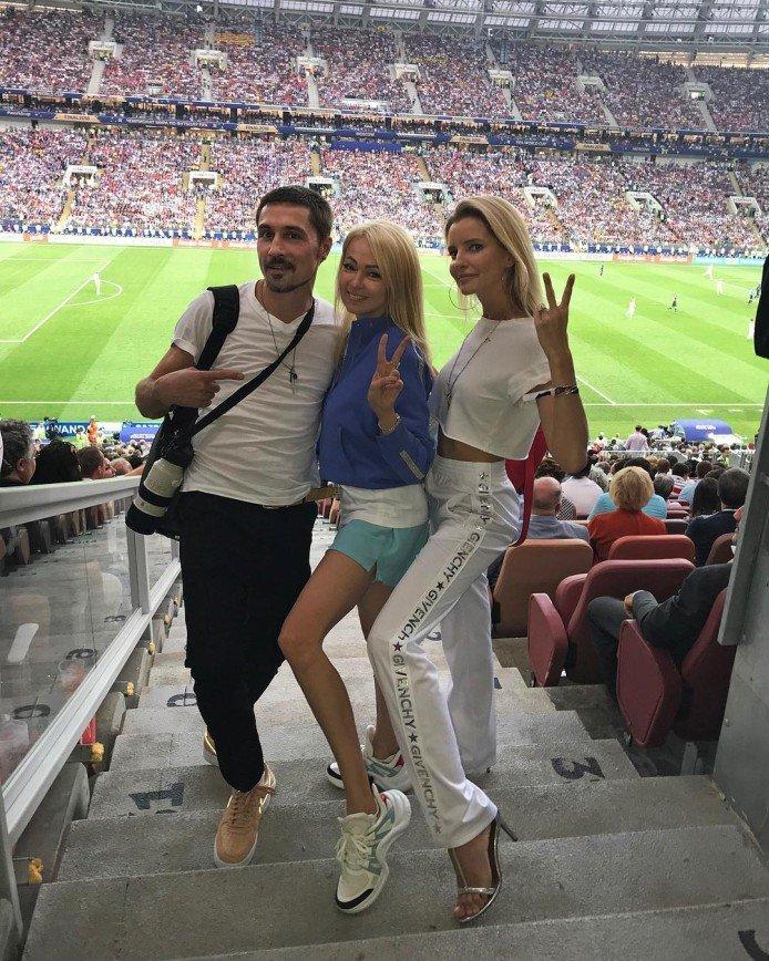 Яну Рудковскую просят меньше пользоваться фотошопом