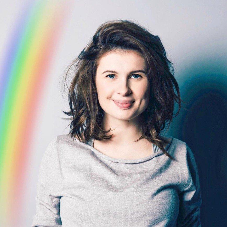 Анна Цуканова-Котт показала подтянутую фигуру спустя две недели после родов