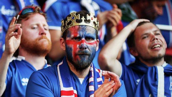 Исландские футбольные фанаты спели «Калинку» в благодарность за гостеприимство россиян