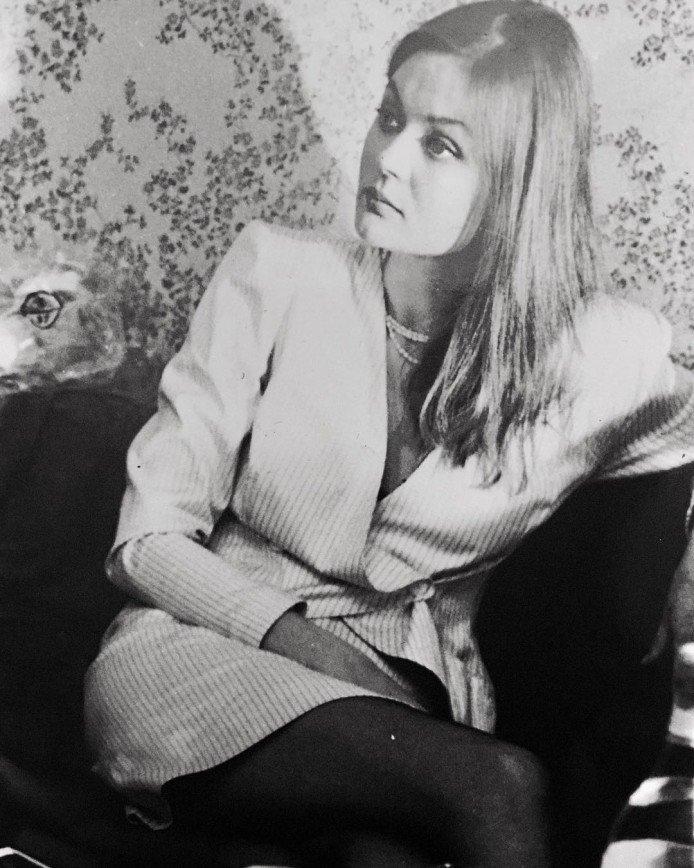 Юлия Меньшова вспомнила, как выглядела в 90-е годы