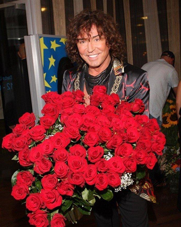 Валерия Леонтьева приняли за женщину на фото с Киркоровым