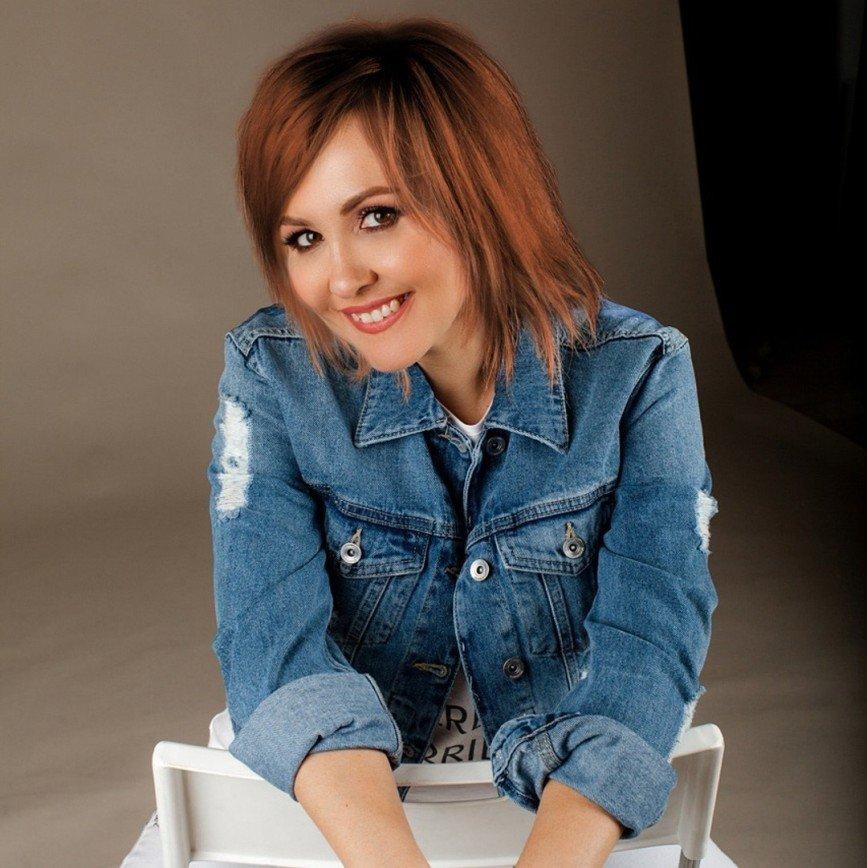 «Лучше, чем пережженные»: Василиса Володина трижды сменила цвет волос