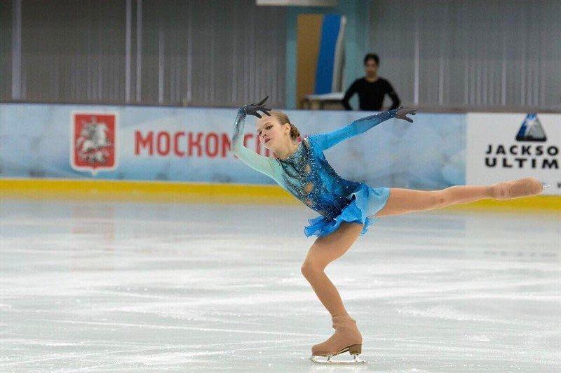 «Живая легенда в 13 лет»: Александра Трусова впервые в мире выполнила четверные прыжки