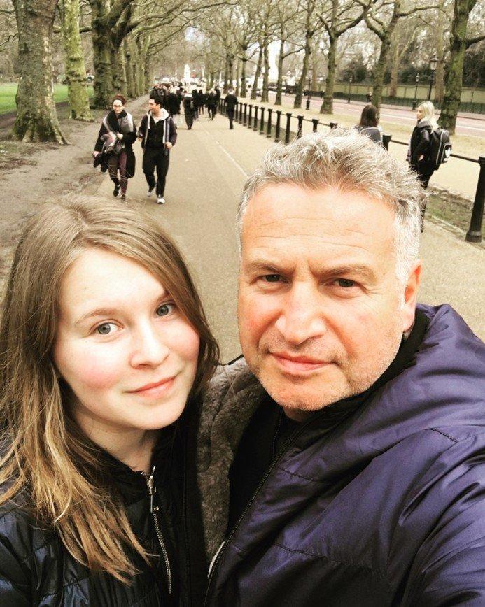 «Хорошо бы по плану»: Леонид Агутин случайно встретил старшую дочь в Лондоне